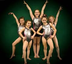 competing girls-3